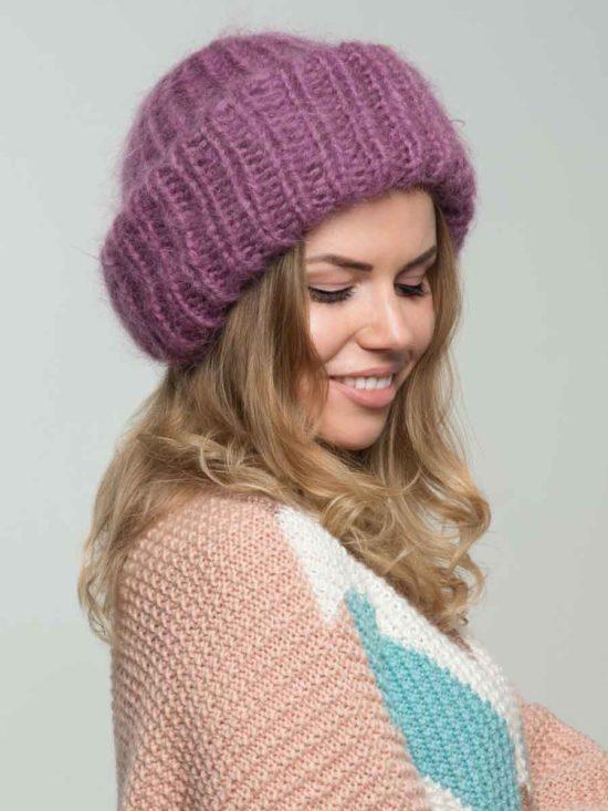 Вязаная шапка цвета «Спелая вишня»