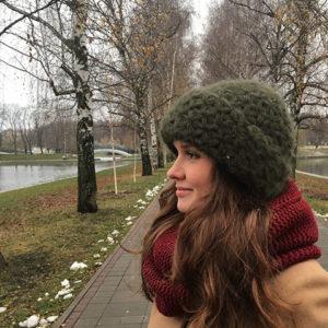"""Взаная шапка из мохера с узором цвета """"Хаки"""""""