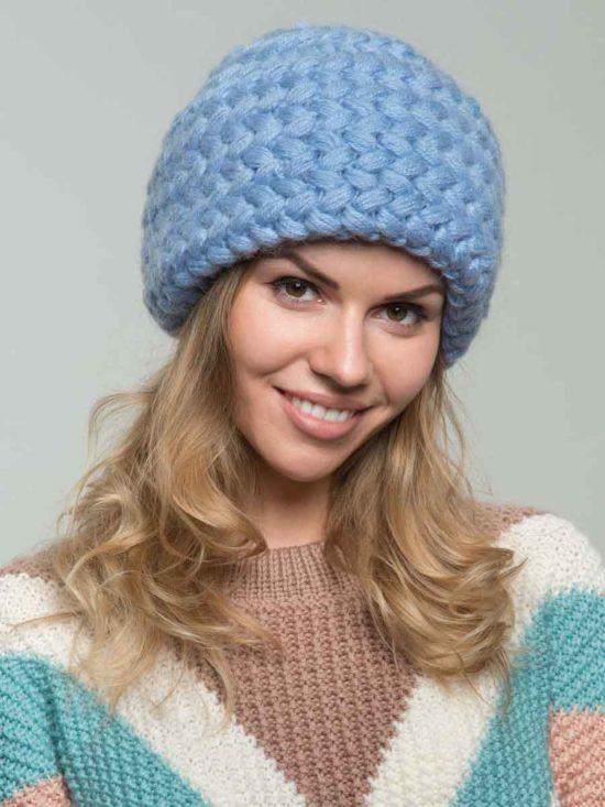 шапка из мохера с косами голубого цвета